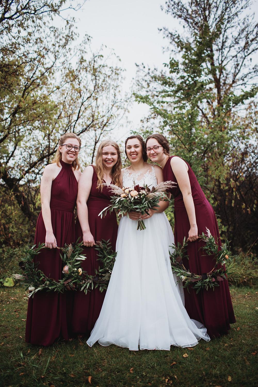 Maroon bridal party inspiration, fall wedding.