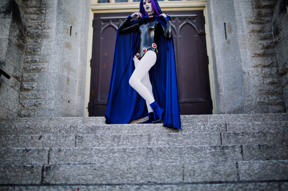 Cosplay Photo Session; Raven