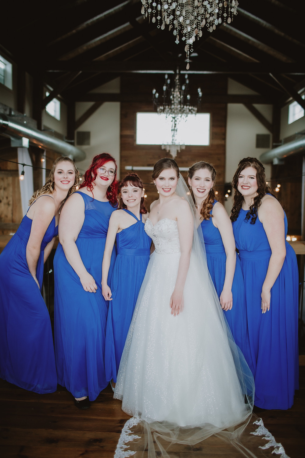 Indoor wedding party portraits at Hawthorne Estates.