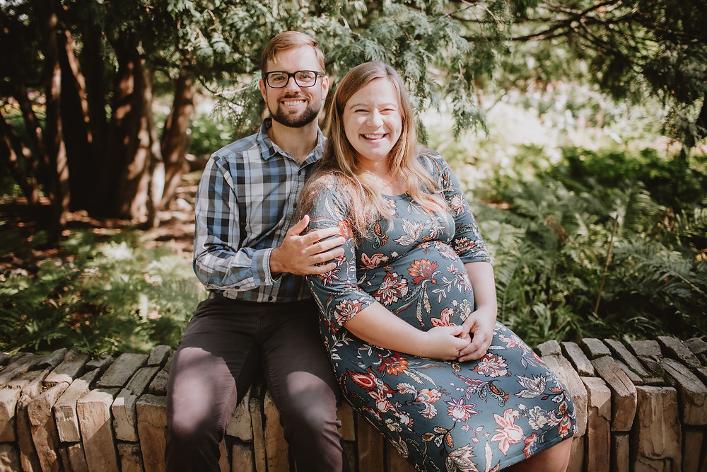 Maternity portraits at Assiniboine Park in Winnipeg, MB.
