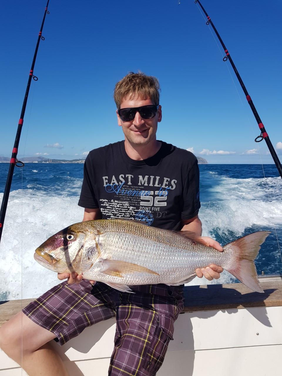 FISHING DENTEX IN MALLORCA