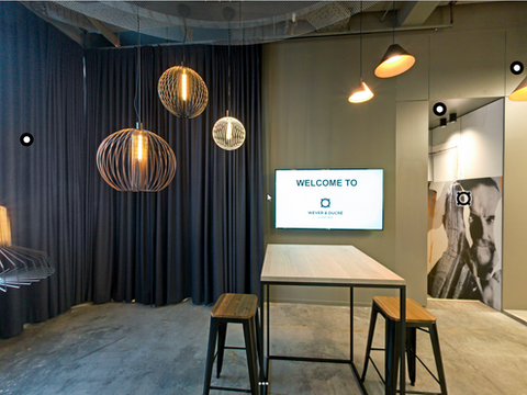 Wever & Ducre showroom
