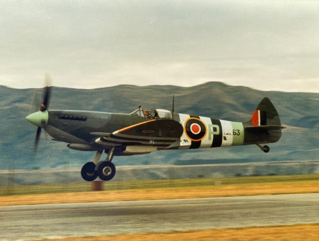 Simon in the Spitfire