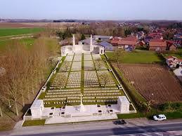 Vis-En-Artois Memorial 1.jpg