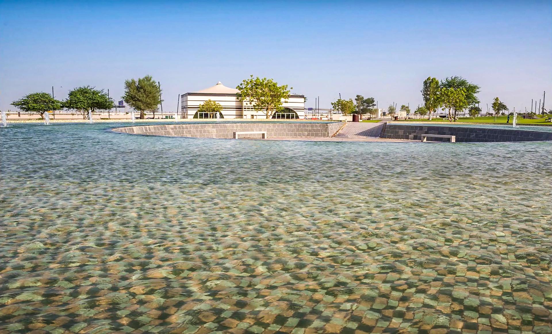 Al-Bayt-Stadium-water-feature-landscape-