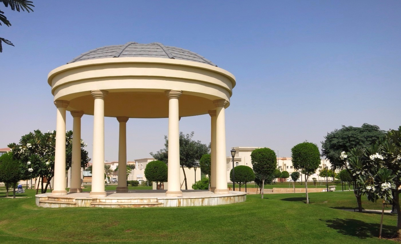 landscape architecture feature at grand heritage hotel