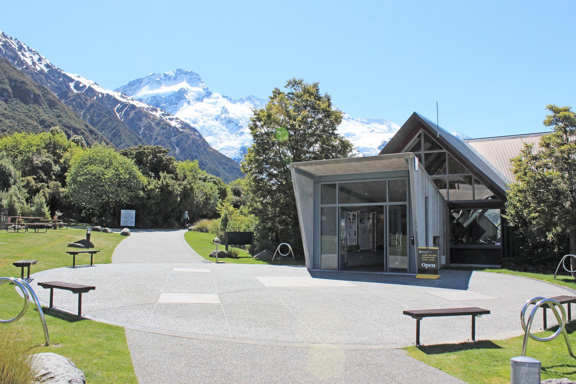 entrance landscape design at mt cook visitor centre