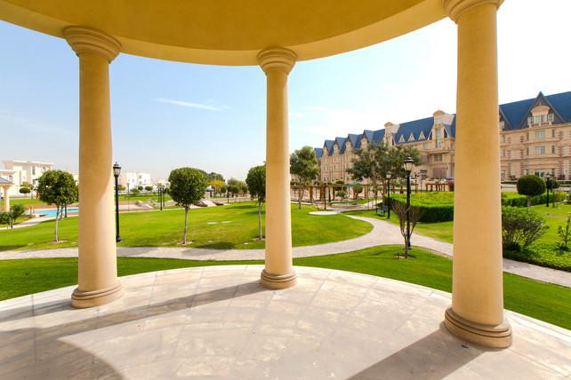 landscape feature design in grand heritage hotel gardens