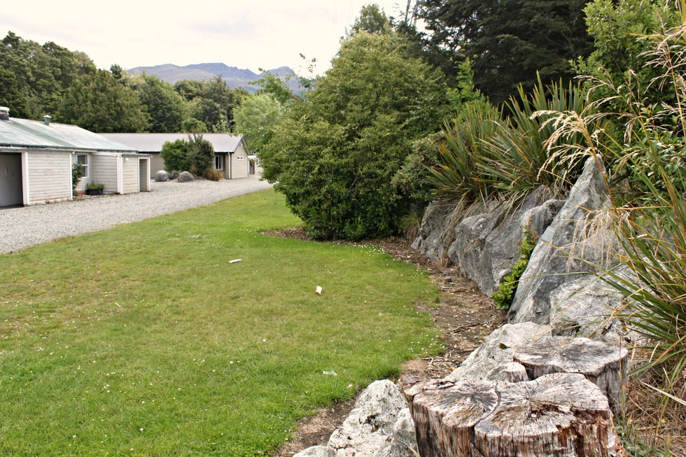 Borland Lodge, Southland planting and hardscape design