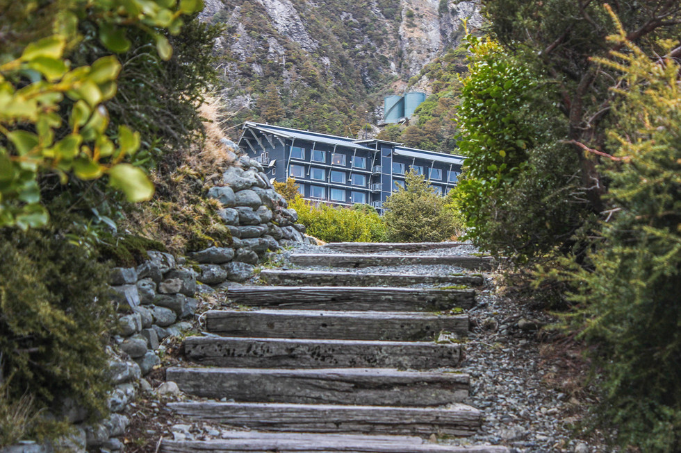 steps design at mt cook hermitage