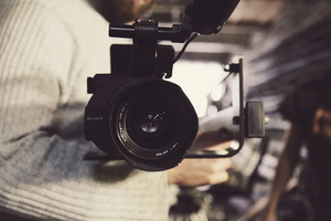 recording a product video. miami product videos. miami videographer