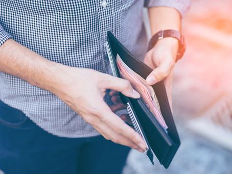 O que a sua relação com o dinheiro diz sobre você e como mudar isso