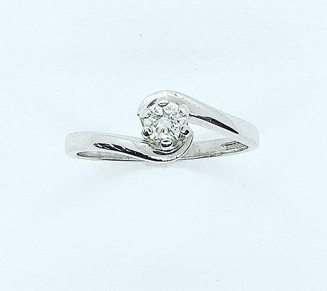 Diamond twist solitaire ring