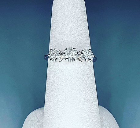 Diamond cluster trilogy ring