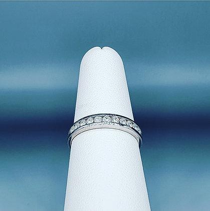 Diamond half eternity