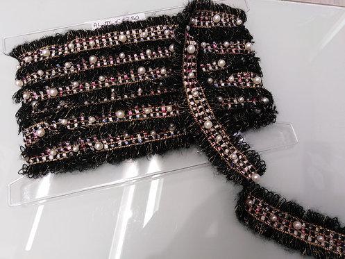 Passamaneria lanata con perle