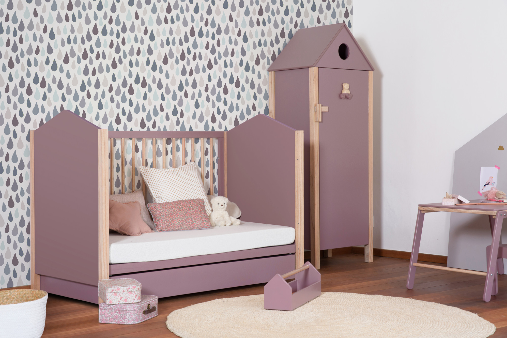 Mini Table A Langer theo-bebe - childrens bedroom furniture, c'est pour la vie !