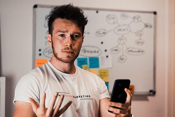 Workshops. HEY Media Marketing by Tom Williger. Social Media Marketing mit dem Smartphone.