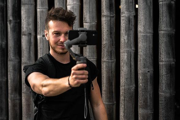 Fotografie und Videos mit dem Smartphone bei HEY Media Marketing by Tom Williger.