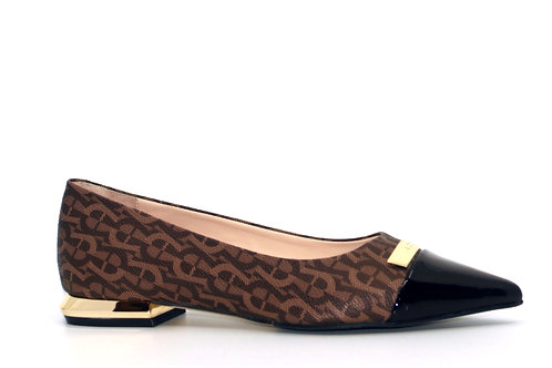 AIGNER FLAT PUMPS