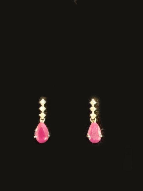 14KT 2 Large Rubies 6 Diamonds Earrings