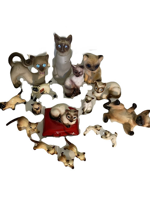 SET OF 17 SIAMESE CATS