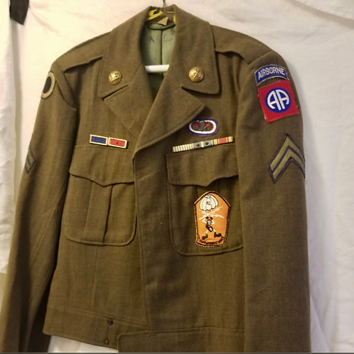 WWII 82nd Airborne Ike Jacket/jump wings