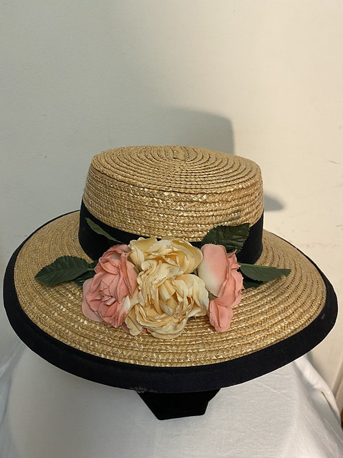 STRAW HAT W/FLOWERS