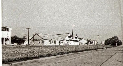 KR Bldg 1960 Whittier blvd.jpg