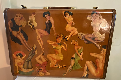 DECOUPAGE SAMSONITE SUITCASE PIN-UP