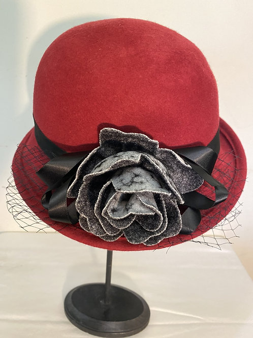 BURGUNDY HAT W/GREY FLOWER & NETTING