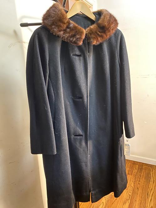 Black Vintage Coat with Faux Fur Collar
