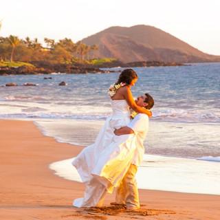 MauiWeddingMakenaBeach.jpg