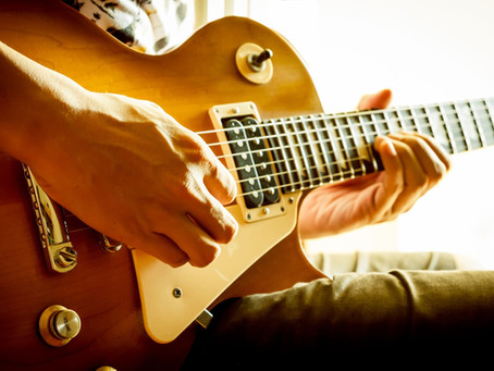 5 Damaging Mistakes Electric Guitar Players Make and How to Avoid Them