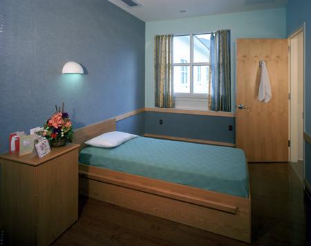 hb bedroom.jpg