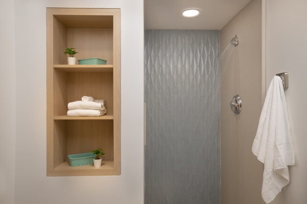 11_Inpatient Shower.jpg