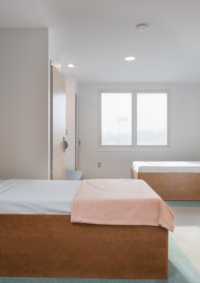 5_Inpatient Bedroom.jpg
