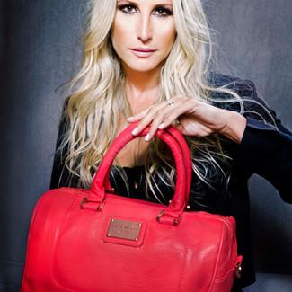 Mahée Paiement - Celebrity Business Branding