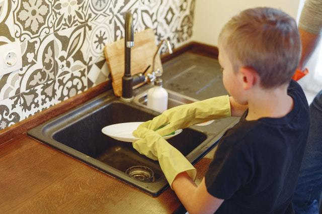 Tips on Rewarding Your Kids For Helping With  Chores!