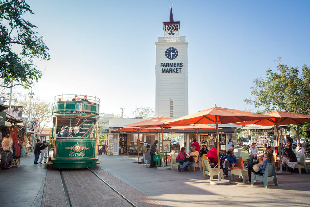 THE ORIGINAL FARMER'S MARKET IN LOS ANGELES - FUN WITH KIDS INLA