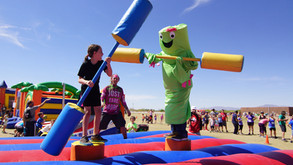 Giveaway For Two Family 4 Packs To The Inflatable Festival & Run!