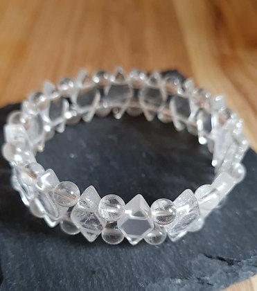 Edelsteinarmband aus Bergkristallen