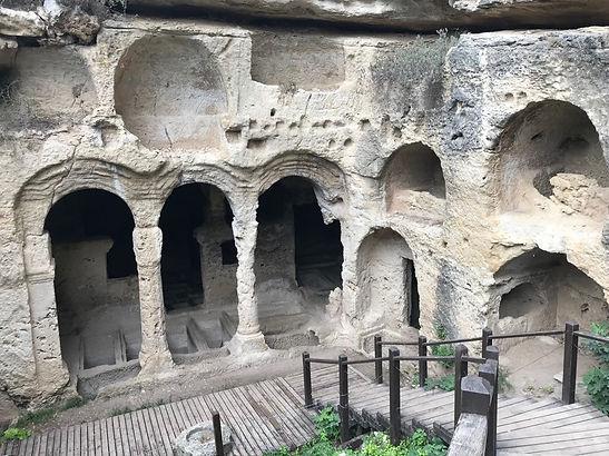 Beşikli Mağarası.jpg