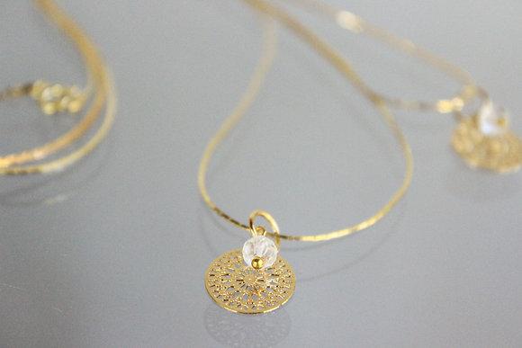 Ein Hingucker! Goldkette mit Bergkristall