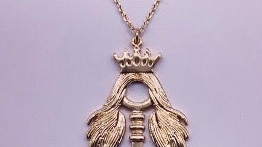 The Golden Ke Necklace