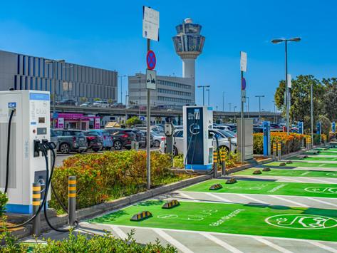 Το μεγαλύτερο hub φόρτισης ηλεκτρικών οχημάτων στον ΔΑΑ