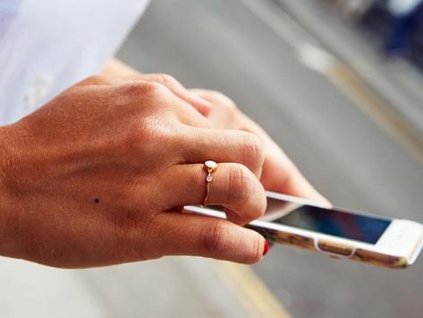 Τα smartphones γέφυρα στο ψηφιακό χάσμα