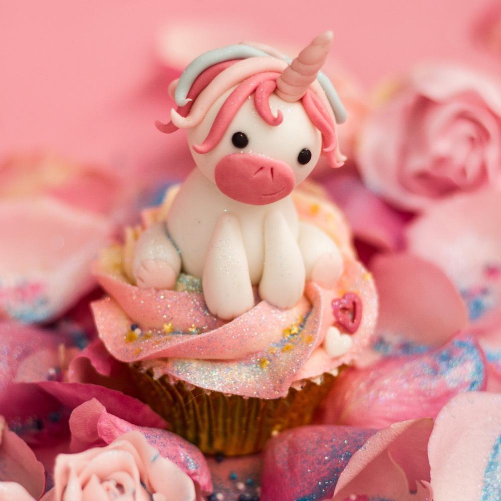 Fondant unicorn on a cupcake