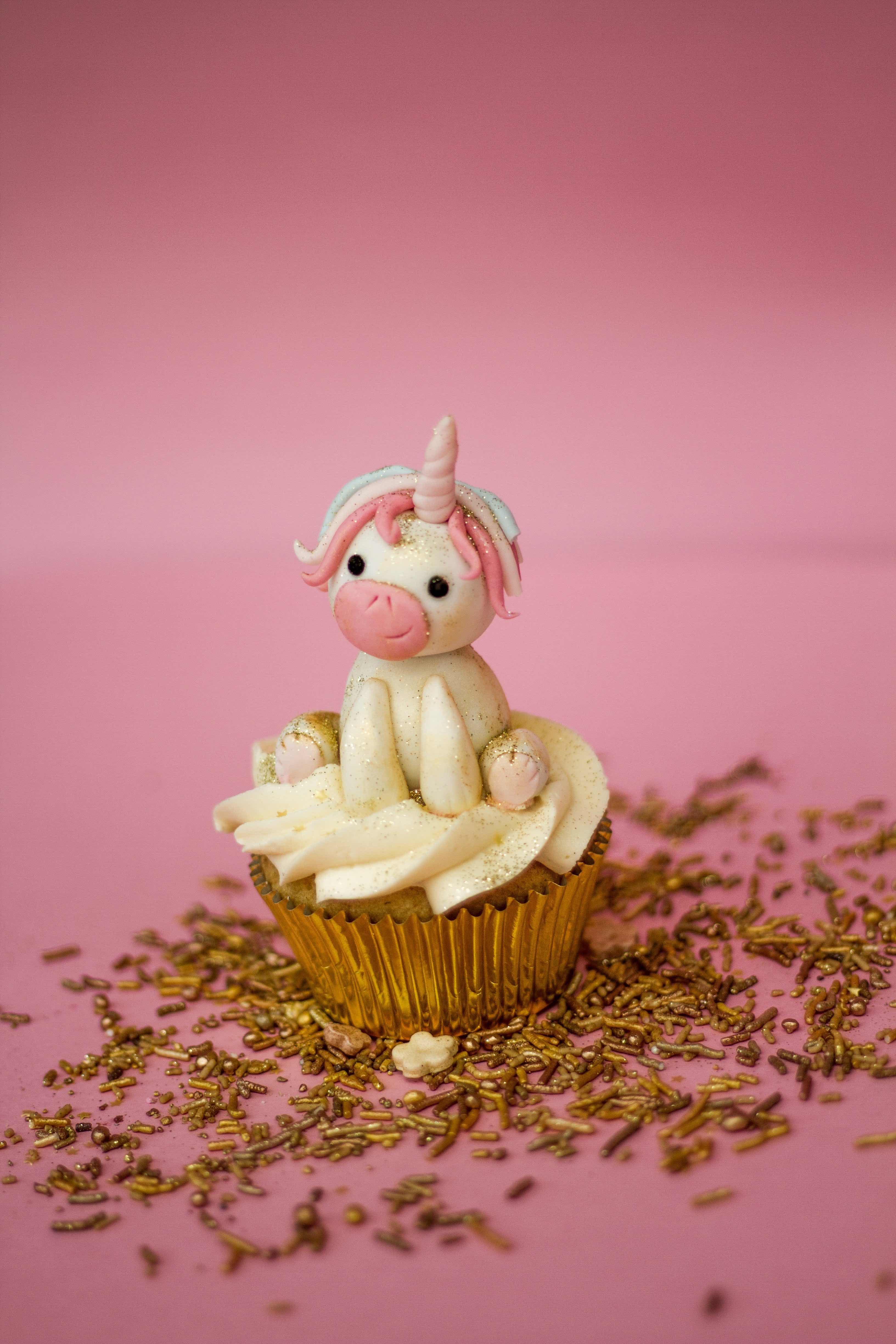 Fondant unicorn on cupcake