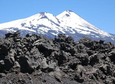 Volcan Villaricca et volcan Llaima